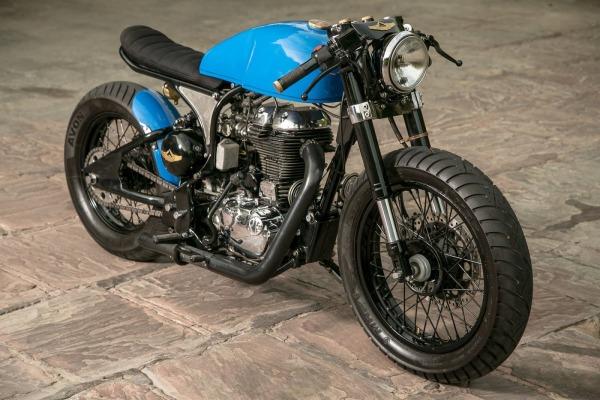 caf racer les origines de ce type de moto font leurs apparitions sur les routes anglaises d but. Black Bedroom Furniture Sets. Home Design Ideas
