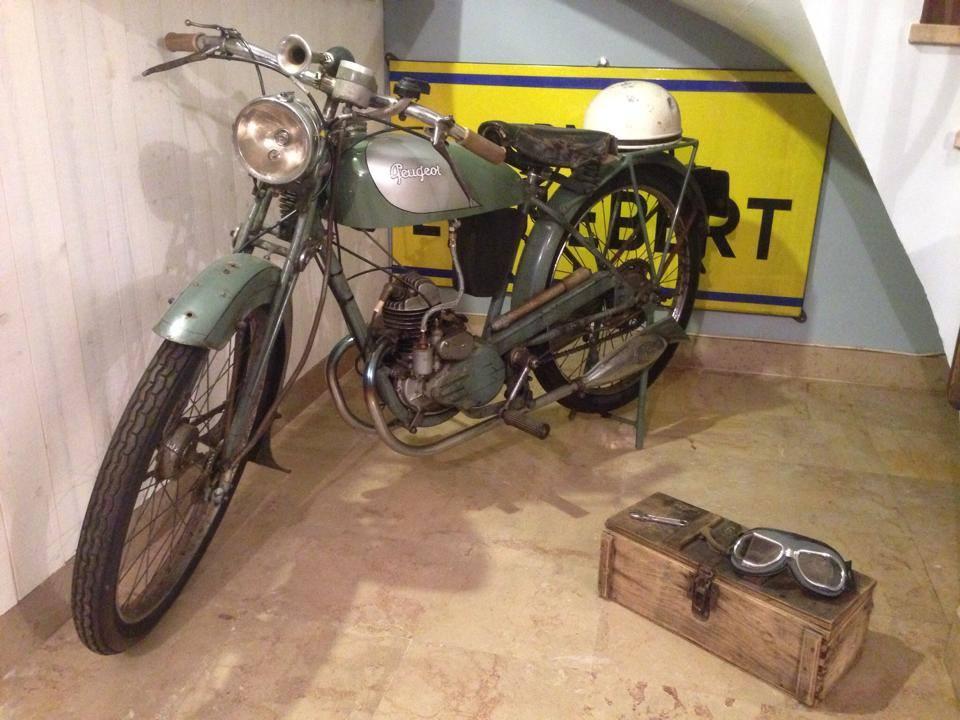 moto deco salon vintage tendance Motards a la francaise