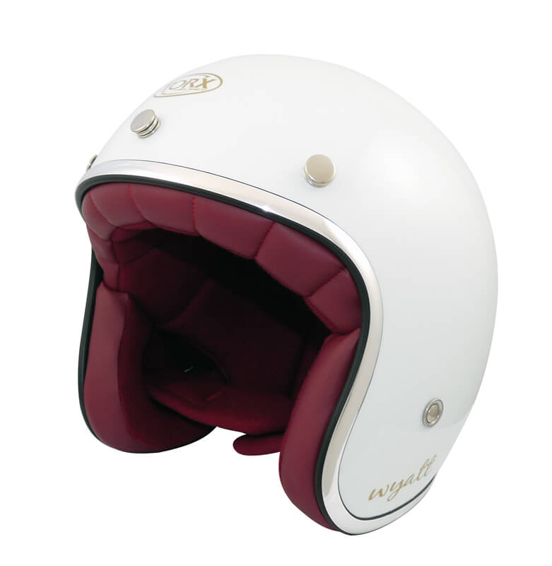 le casque jet wyatt de torx est un casque bol au look custom blanc id al pour donner du look. Black Bedroom Furniture Sets. Home Design Ideas